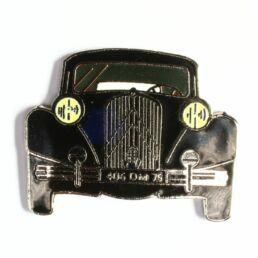 Citroen 11, noire (de face)