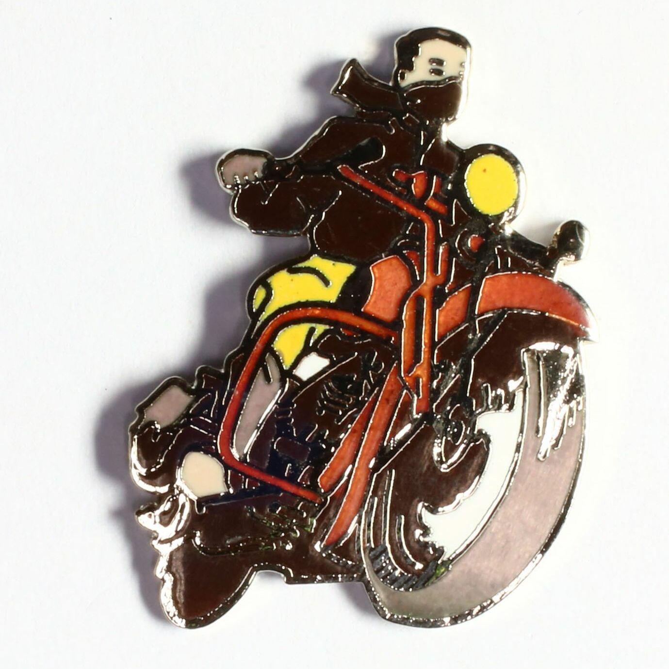 Moto noire et rouge avec conducteur