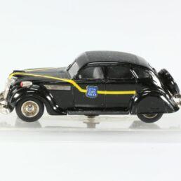 Chrysler Airflow 1935, Conduite intérieur Police 1/43