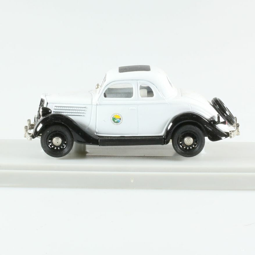Ford 1935 Coupé, 2 portes Police Montana 1/43